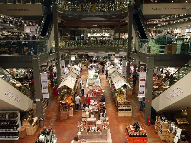The Biggest Concern With The Food Hall Fad  (Part 3 of a 3-Part Series)